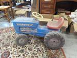 Tracteur (ancien modèle, roue abimée)