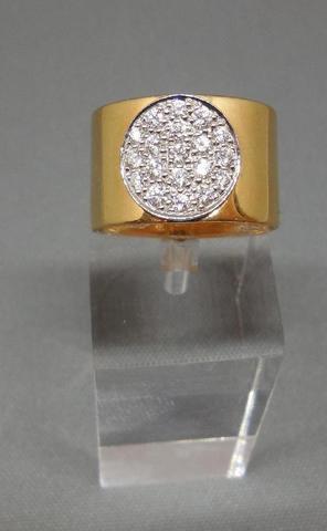 DINH VAN. Bague ANTHEA en or jaune 18K, 750/1000 et platine, pavage