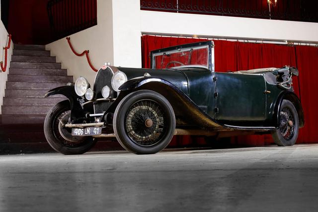 1928     BUGATTI TYPE 44 CHASSIS 44646 moteur 402 Cabriolet Vanvooren