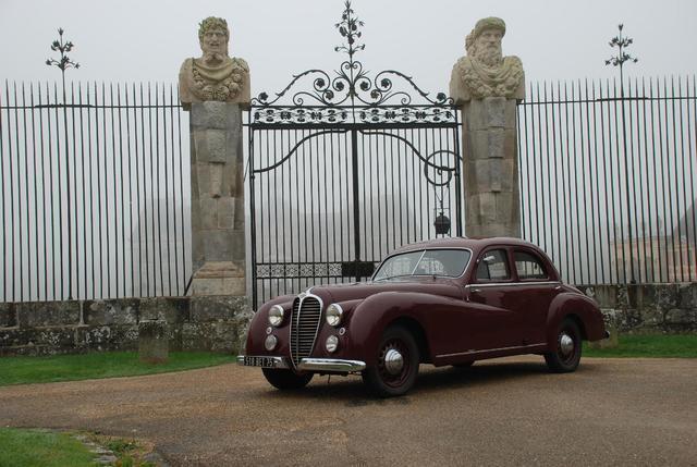 DELAHAYE 148L berline Letourneur et Marchand - 1949 Châssis : 800904.