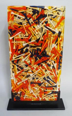 ARMAN (1928 - 2005) Tees, 2003 Accumulation de tees de golf dans