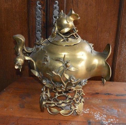 1- CHINE : brûle parfum en bronze