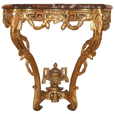 250- Console époque Transition Louis XV-Louis XVI en bois sculpté,