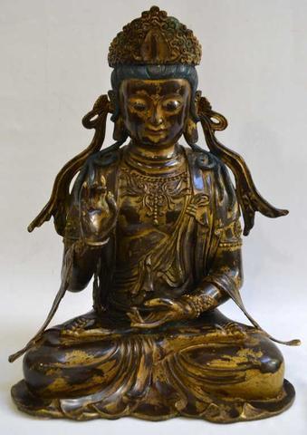 """ASIE Divinité dite """"Gwanyin"""" en bronze doré et polychrome H.:"""