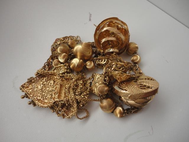 Lot de bijoux OR - 115.1 g - AC -