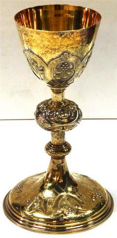Calice en vermeil, à décor de motifs floraux et de croix de Malte,