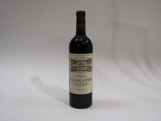 1* bouteille de château La Louvière, Pessac Leognan, 2001