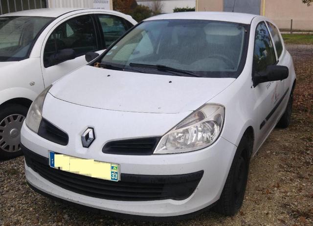 Renault Clio 3 - Date de première immatriculation 15.07.2008 - 242000kms