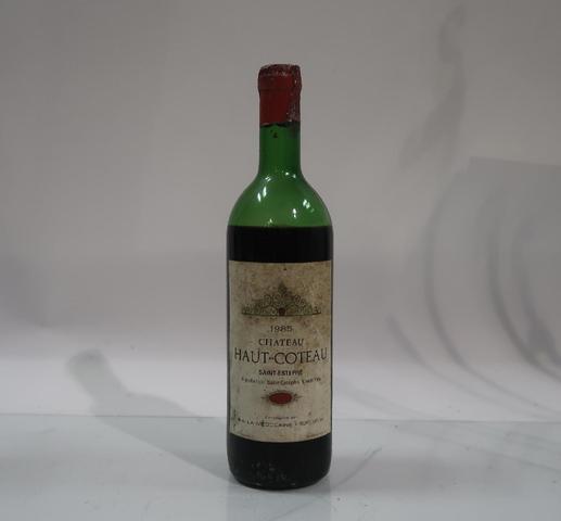 A RENDRE : 1* bouteille de château Haut-Coteau, Saint Estephe, 1985,