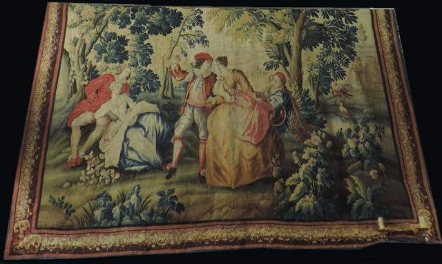 LG175 1 tapisserie d'aubusson à décor de  personnages 18ème 275x251