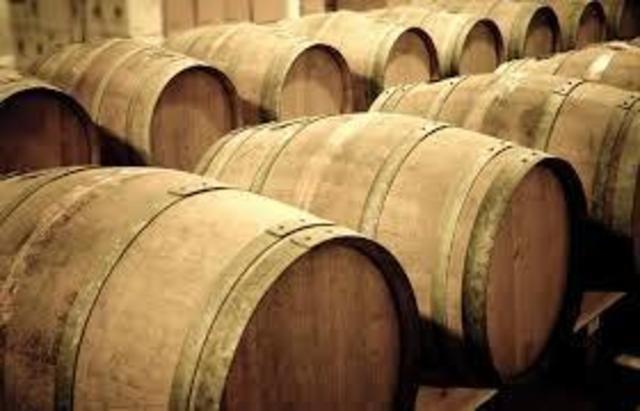 GRANDS VINS GRANDS MILLESIMES VIEUX  ALCOOLS VENTE EN PREPARATION