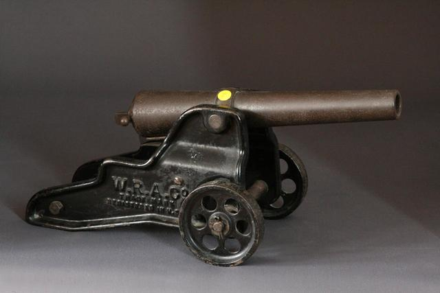 """canon de réjouissance, calibre 10 GA, tube de 30 cm, marqué """"manufactured"""