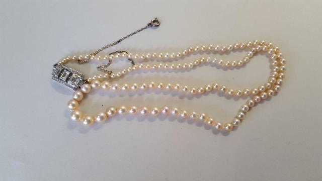 Collier de 127 perles en chute 2.8 à 6.2 mm (dont 116 perles fines