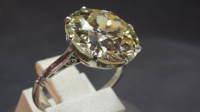 Bague monture platine, diamant taille ancienne  estimé à environ