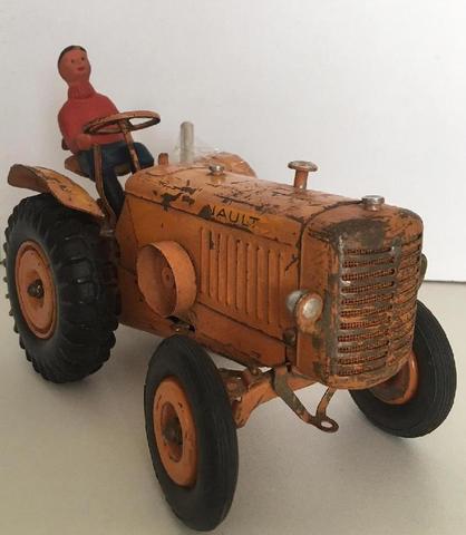 CIJ tracteur Renault orange CIRCA 1952 (version mécanique) avec sa