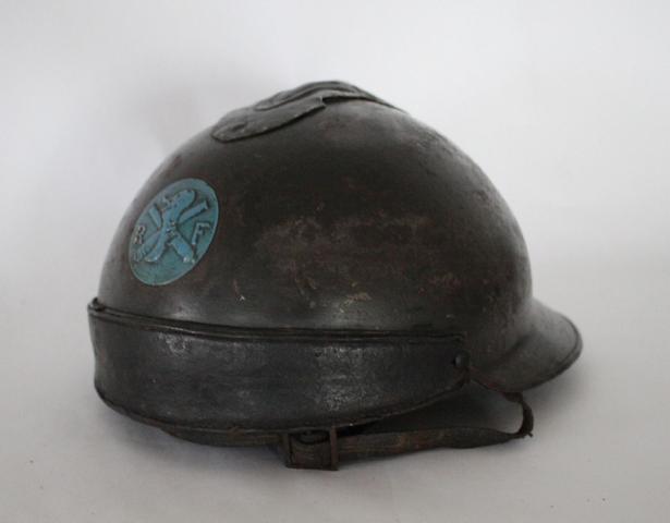 Rarissime casque français modèle 23 de char, avec rondache d'origine