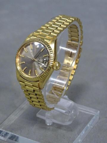 Montre ROLEX Lady en or oyster perpetual datejust, superlative chronometer