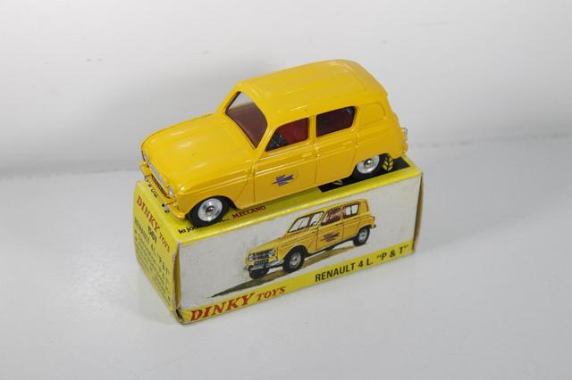 DINKY FRANCE ref 561 Renault 4 PTT - carrosserie commerciale avec