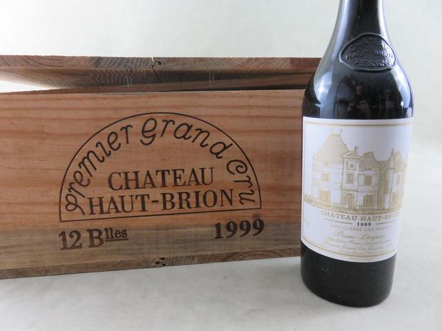 Château Haut Brion 1999 (Rouge). 10 B.