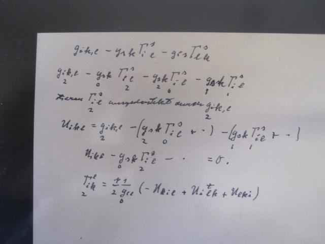 118     Albert EINSTEIN, MANUSCRIT SCIENTIFIQUE AUTOGRAPHE (deux photographies)