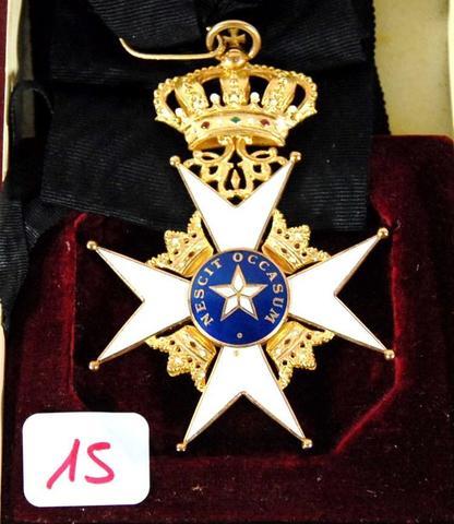 Suède : Ordre de l'Étoile Polaire (ou de l'Étoile du Nord). Créé