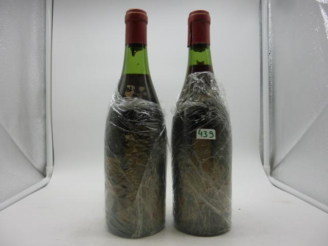2 btlles Grand Echézeaux, René Angel, années 40, mill non identifiable.