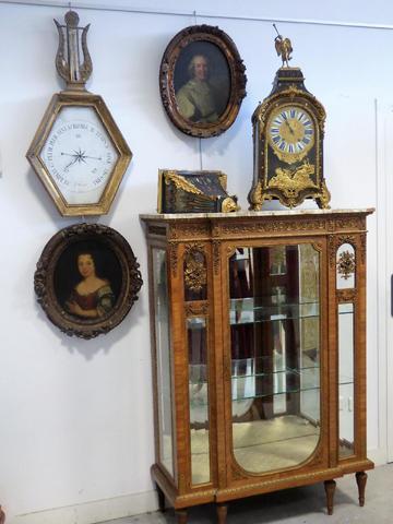 Mobilier, tableaux, bibelots XVIIIe et XIXe.