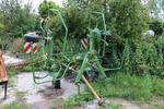 - Faneuse KRONE type KW 4.62, n° 74 39 58, année 2008, 4 toupies,