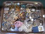 Lot de bijoux fantaisie