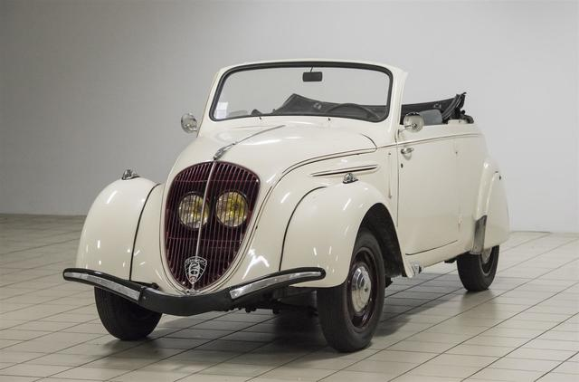 PEUGEOT 202 Cabriolet 1947,  6 CV 51 000 km Carrosserie parfaitement