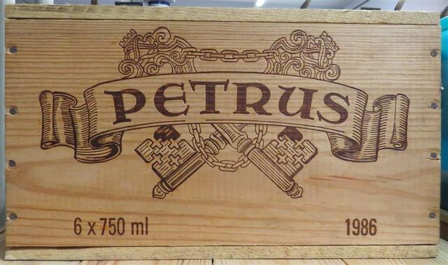 6 Pétrus 1986 en caisse bois d'origine.