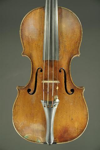 Giovanni Battista GABRIELLI, violon entier. Table en épicéa, fond