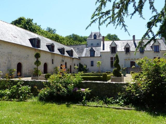 En préparation : Château de Conon, pour cause départ. Vente et