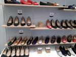 Stock de 25 paires de chaussures pour femmes
