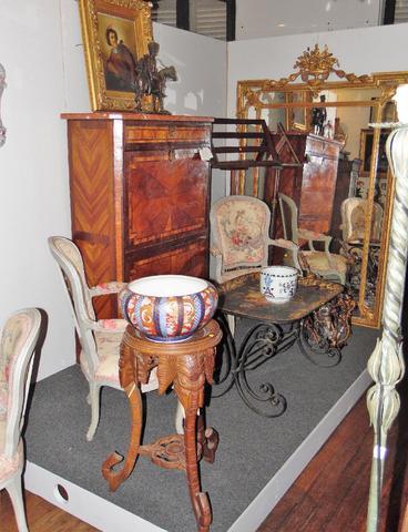 BELLE VENTE CLASSIQUE dont tableaux anciens, mobilier d'époque et