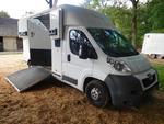 PEUGEOT - Camion à chevaux van bétaillère type Boxer 3500 HDi 30
