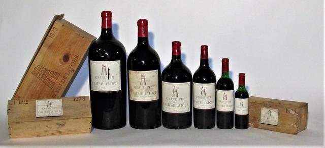 Rare ensemble de Château Latour GCC 1973 comprenant des bouteilles