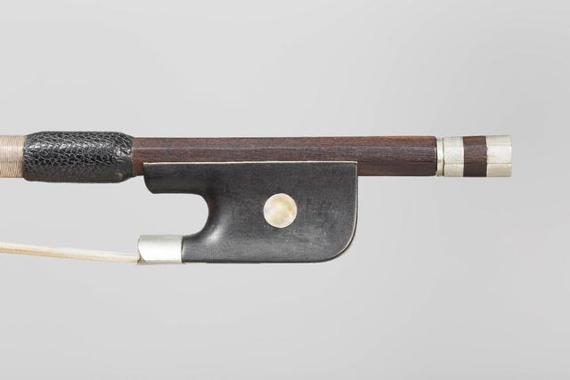 Archet de violoncelle de Charles Nicolas BAZIN, monté maillechort.