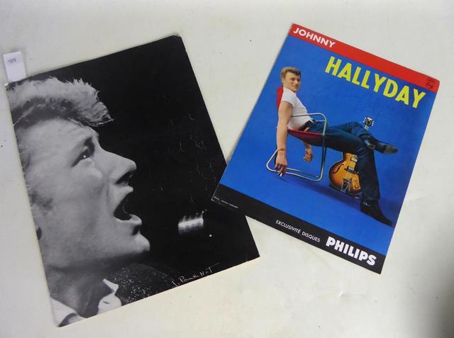 AUTOGRAPHE de Johnny Halliday sur un programme Philips.  Joint :