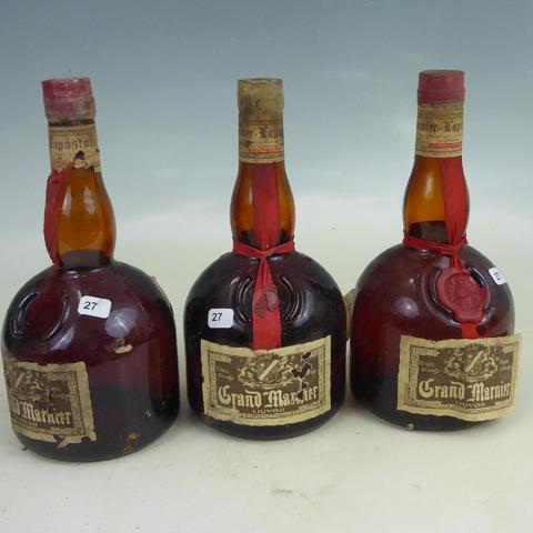 3 bouteilles Grand -Marnier Liqvor Marnier Lapostolle. Etiquettes