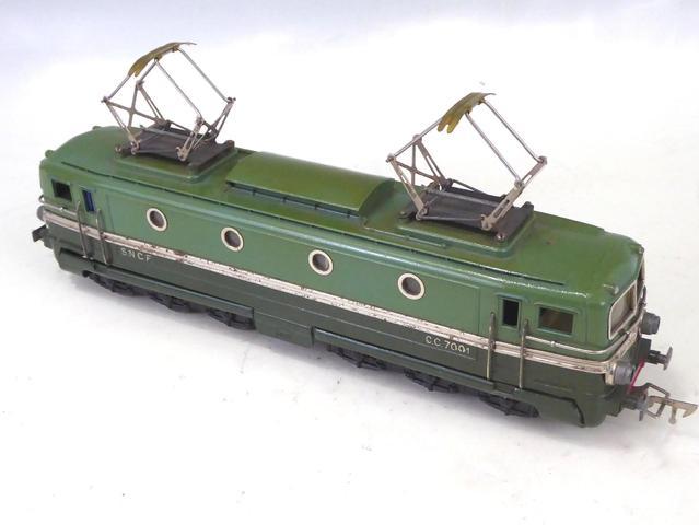 JEP - O - : 1 Locomotive électrique CC à 2 moteurs AP5 et à 2 bogies