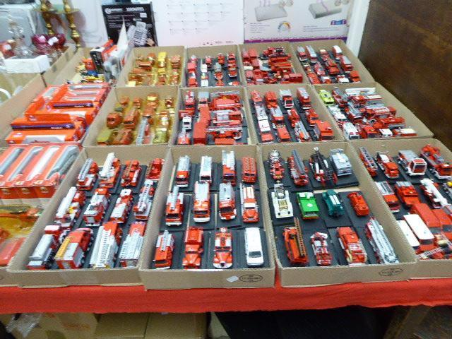 COLLECTION VOITURES POMPIERS