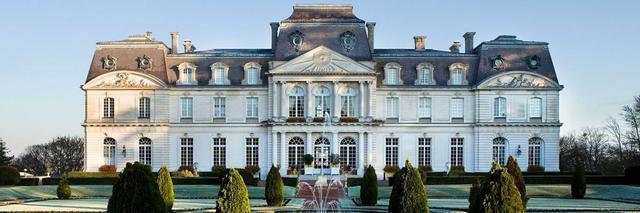 Une fois par an la maison de ventes Rouillac investit un château