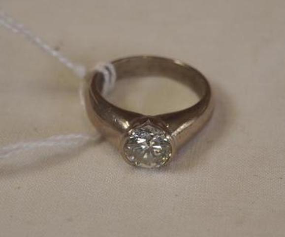Bague avec diamant solitaire taille brillant , monture or blanc, 10.30