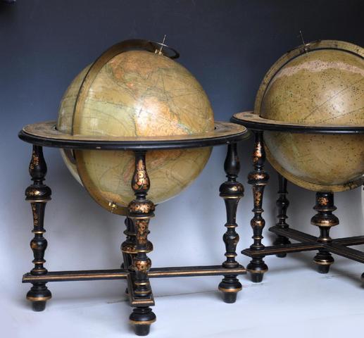Maison DELAMARCHE (1848-1887). Paire de globes terrestre et céleste