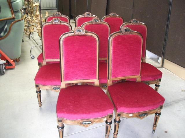 Importante salle a manger st renaissance (buffet,table ,desserte,8