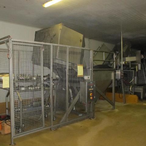 Machine VSM n° 1 (viande séparée méca LIMA 200) pour volaille