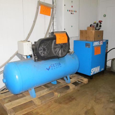 Compresseur à vis CETIB-ABAC SPINN 7, 5000 et 1 cuve de 500 litres
