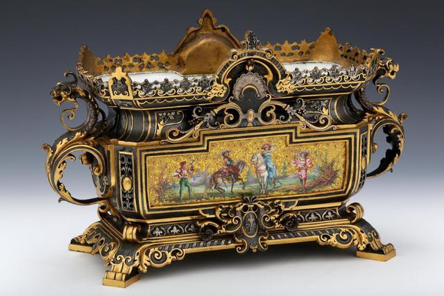 JARDINIÈRE DE TABLE Fin XIXème Siècle dans le Style de la Renaissance