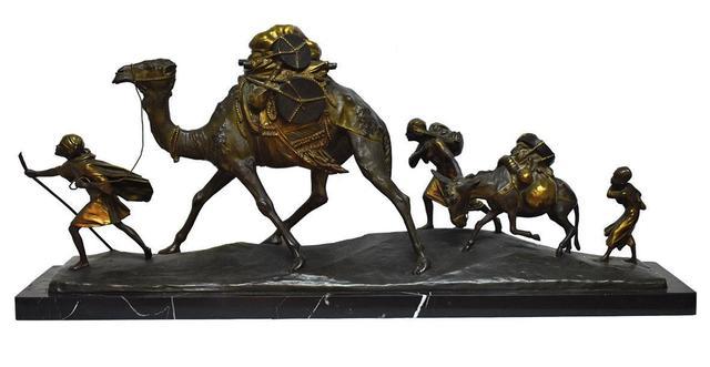 Edouard DROUOT (1859-1945) La caravane de Touaregs Groupe en bronze